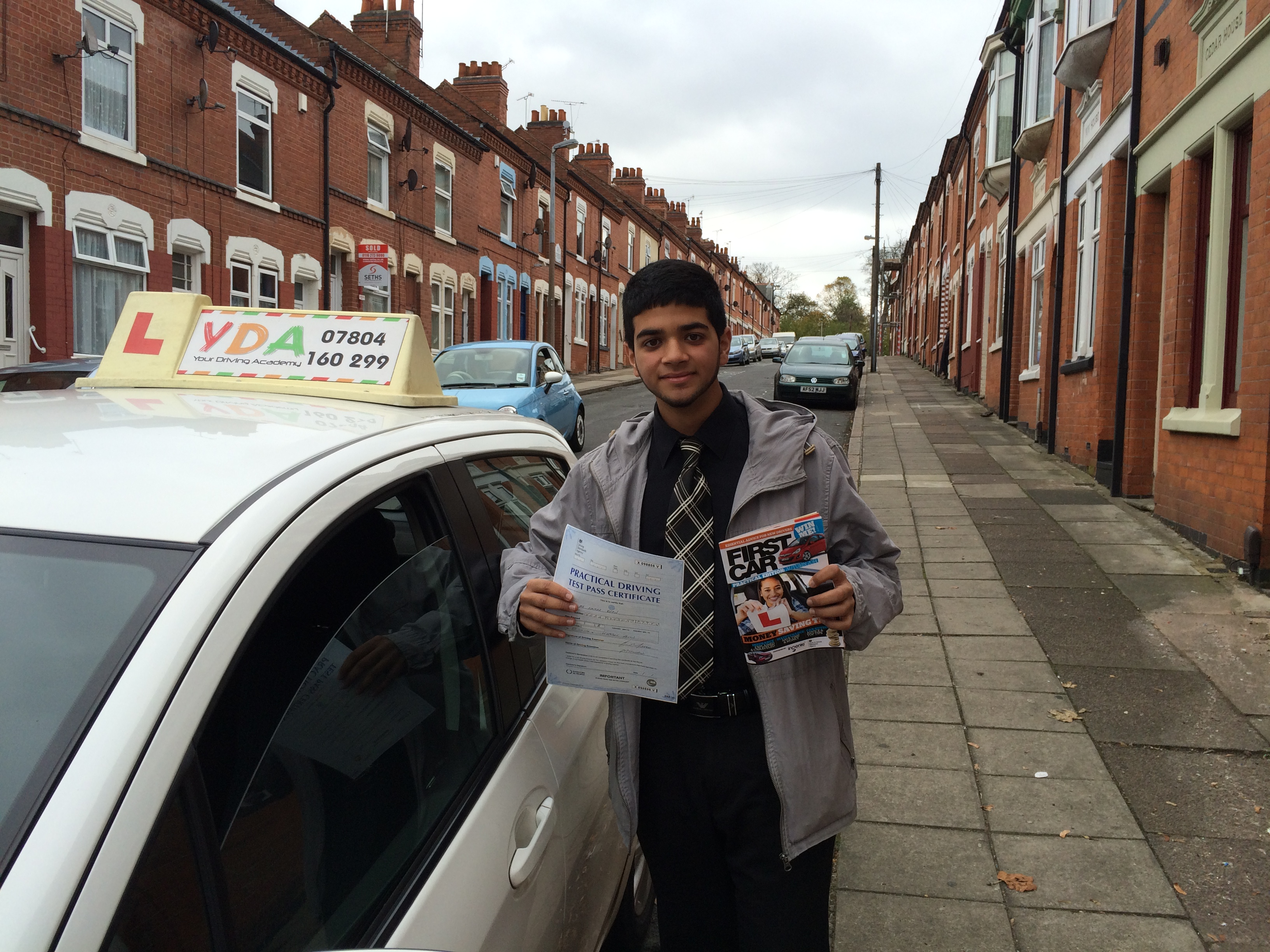 Cheap Driving Lessons >> drivinglessonsleicester   Helping you on the road!